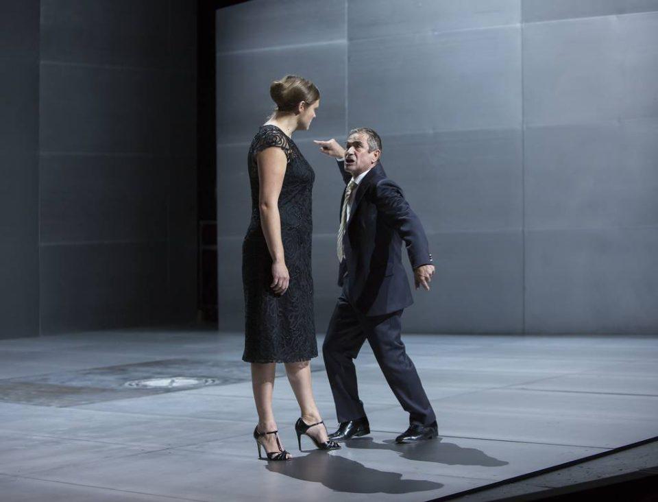 Bernd-Michael Baier und Annett Sawallisch in ANTIGONE. © Rolf Arnold